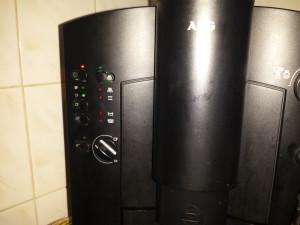 Szervizelt AEG CaFamosa kávéautomata